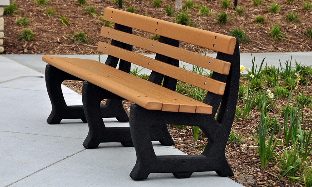 Red Oak Kitchen Table, Brooklyn Park Bench With Back Recycled Plastic Slats Kay Park